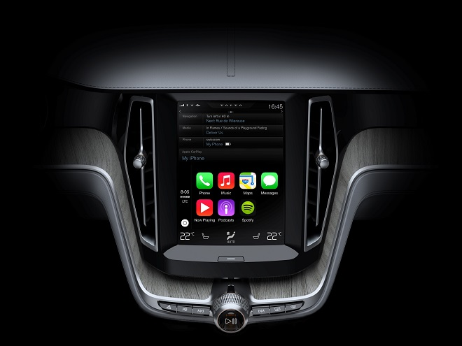 Volvo Cars brings Apple CarPlay to the all-new Volvo XC90